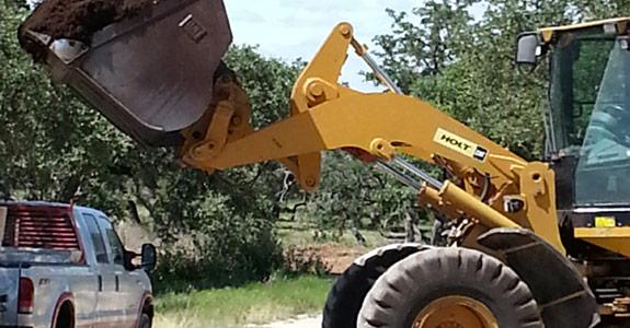 Loading Mulch Austin TX
